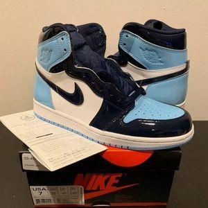 Shoes - Jordan 1 Blue Chill